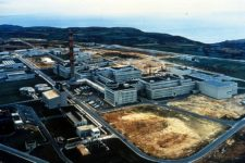 Le Hague nuclear reprocessing plant. (Credit: United States Department of Energy.)